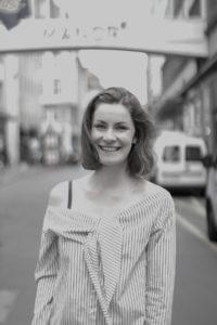 Lorina Burgger - Barfuß Coach - Gastartikel auf Roadtrip Leben